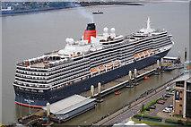 SJ3390 : Queen Victoria Cruise Ship by Ian S