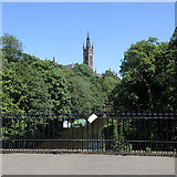 NS5666 : River Kelvin and University bell tower, Glasgow by Rudi Winter
