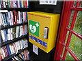 TF1441 : Defibrillator and books by Bob Harvey