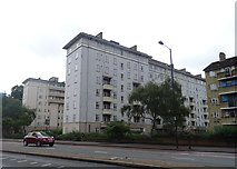 TQ3287 : Flats on  Seven Sisters Road (A503) by JThomas