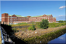 NS4870 : The Golden Jubilee Conference Hotel by David Dixon