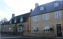 TL0893 : Houses on Oundle Road, Elton by David Howard