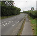 ST1496 : End of the 30mph speed limit beyond Cefn Hengoed by Jaggery