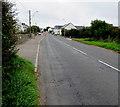 SS9272 : Start of the pavement alongside the B4265, Wick by Jaggery