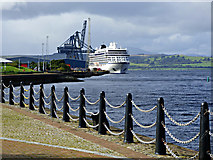NS2776 : Viking Sun at Greenock by Thomas Nugent
