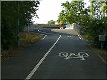 SP0189 : Roebuck Lane railway bridge north of Kenrick Way by Alan Murray-Rust