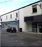 SS9079 : O2 shop in Bridgend town centre by Jaggery