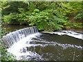 SJ9687 : Weir near Goyt Cliff viaduct by Gerald England