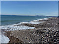 NJ2868 : Shingle shoreline between Kingston and Lossiemouth by Alan Murray-Rust