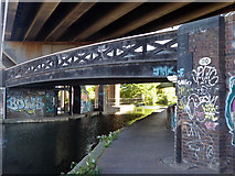 SP0990 : Salford Junction - Birmingham and Warwick Junction Canal by Chris Allen