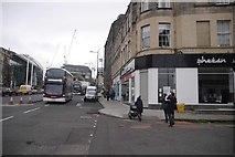 NT2674 : Union Street meets Leith Walk by Richard Webb