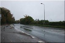 SU4790 : Abingdon Road at the entrance to Milton Hill by David Howard