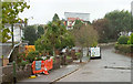 SX8962 : Mead Road, Livermead by Derek Harper