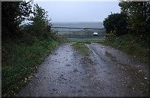 SU6787 : Field entrance by Gangsdown Hill, Nuffield by David Howard