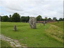 SU1070 : Avebury Stone Circle by JThomas