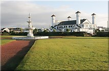 NS3321 : Fountain and pavilion, Ayr by Richard Sutcliffe