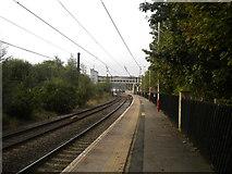 SE1537 : Platform 3, Shipley railway station by Richard Vince