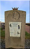 NT4999 : Cycle Way route indicator, Elie Harbour by Bill Kasman