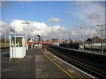 TQ2775 : North east end of Clapham Junction railway station (2) by Richard Vince