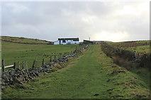 SD7224 : Approaching Whetstone Gate Farm by Chris Heaton