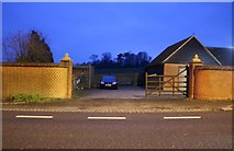 SP9627 : Bungalow on the A5, Hockliffe by David Howard