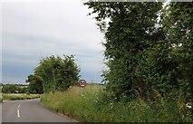SU2760 : The A338 near Marten by David Howard