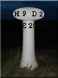 NT6578 : Old Milepost by the A1087 by John Riddell