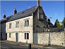 SP0202 : Cirencester houses [14] by Michael Dibb