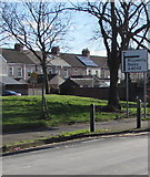ST3186 : Directions sign alongside Mendalgief Road, Newport by Jaggery