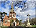 TQ3067 : Croydon Cemetery Chapel and Memorial by Des Blenkinsopp