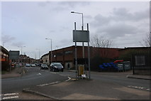 TQ6177 : One way system on London Road, Grays by David Howard