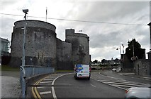 R5757 : King John's Castle and R445 by N Chadwick