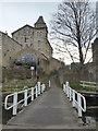 SE1039 : Leeds and liverpool Canal - swingbridge by Chris Allen