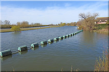 TL3874 : River Great Ouse at Earith, just before the sluice (right) by Adrian S Pye