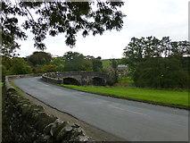 SD7152 : Slaidburn bridge on the River Hodder by Raymond Knapman