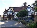 TQ5541 : George & Dragon Pub in Speldhurst, Kent by John P Reeves