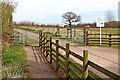 SO9095 : Public footpath by Pennwood Farm in Staffordshire by Roger  Kidd