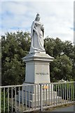 TM2531 : Statue of Queen Victoria by N Chadwick