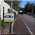 ST3189 : Newport Roofing Co advert on a Brynglas Avenue lamppost, Newport by Jaggery