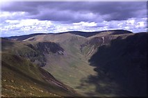 NT1413 : The uppermost part of the valley of Carrifran Burn as seen from Saddle Yoke by Colin Park