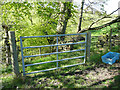 SE1028 : Locked gate on the footpath over Bowl Shaw Clough, Northowram by Humphrey Bolton