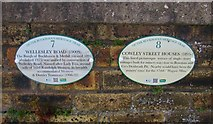NT3699 : Heritage Trail plaques by Bill Kasman