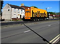 ST3091 : Yellow Halfords lorry, Malpas Road, Newport by Jaggery