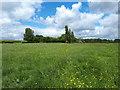 SU0690 : Public footpath towards Cox Hill by Vieve Forward