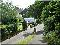 TR3051 : Church path down to Upper Street, Tilmanstone by Robin Webster