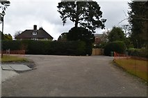 TQ5639 : Nevill Court, Nevill Park junction by N Chadwick