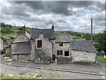 SK2354 : House adjoining the Miner's Arms by Andrew Abbott