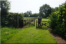 SE7643 : Public footpath at Scamland Bridge by Ian S
