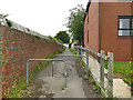 SE2732 : Public footpath from Lynwood Garth to Dixon Lane by Stephen Craven