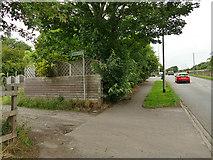 SE2425 : Path off Timothy Lane by Stephen Craven